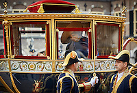 DEN HAAG, 20 september.<br /> Prinsjesdag 2016. Binnenhof. Koningin Maxima in de Glazen Koets na de Troonrede.<br /> FOTO MARTIJN BEEKMAN