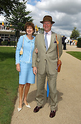 The EARL & COUNTESS OF BALFOUR at the 4th day of the 2005 Glorious Goodwood horseracing festival at Goodwood Racecourse, West Sussex on 29th July 2005.    <br />