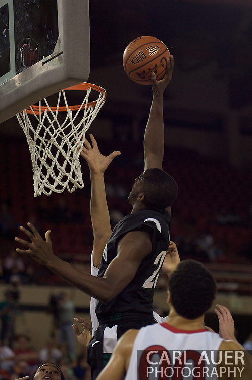November 29th, 2008:  Anchorage, Alaska - Portland State's Wendell Wright (23) elevates to the rim in the third place game on the final day of the Great Alaska Shootout.