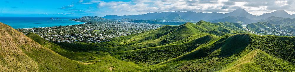 Kailua Bay & Kailua Town, Koolau Mountains in background, Windward Oahu, Hawaii