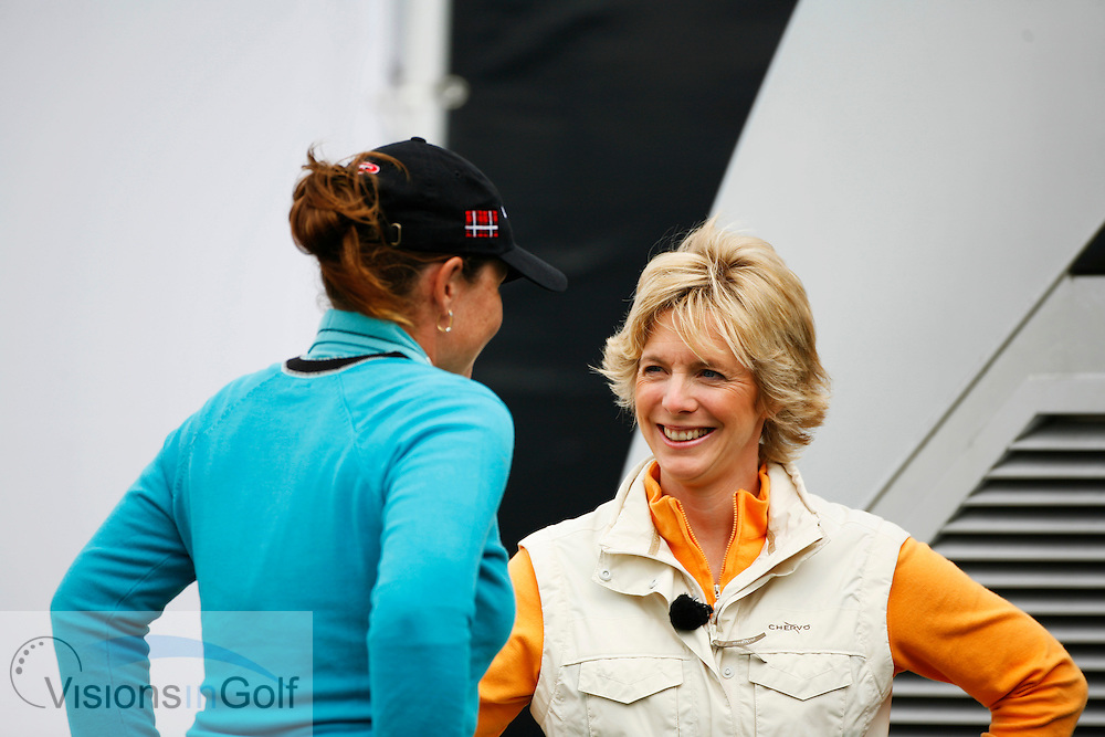 BBC commentator presenter Hazel Irvine interviewing   on the second day.<br /> Weetabix Womens British Open 2006, Royal Lytham St. Annes, 040806<br /> Picture Credit: Mark Newcombe / visionsingolf.com