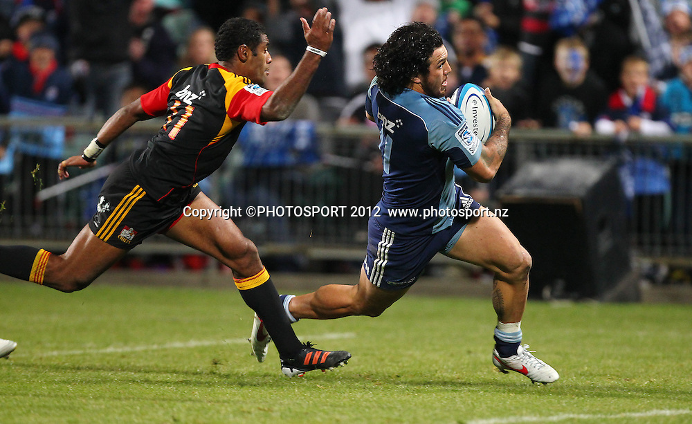 Rene Ranger of the Blues scores a try during the Super Rugby game between The Blues and The Chiefs, North Harbour Stadium, Auckland, New Zealand, Saturday June 2nd 2012. Photo: Simon Watts / photosport.co.nz