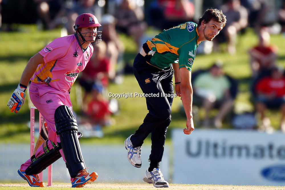 Michale Mason bowls during the HRV Cup match between the Northern Knight v Central Stags. Men's domestic Twenty20 cricket. Blake Park, Mt Maunganui, New Zealand. Thursday 5 January 2012. Ella Brockelsby / photosport.co.nz
