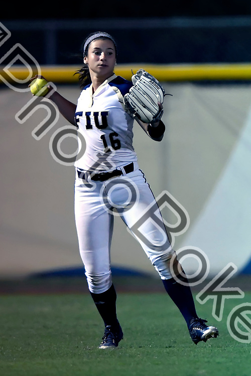 2018 February 09 - FIU's Tatyana Forbes (16). Florida International University softball fell to Hofstra, 5-0, at Felsberg Field, Miami, Florida. (Photo by: Alex J. Hernandez / photobokeh.com) This image is copyright by PhotoBokeh.com and may not be reproduced or retransmitted without express written consent of PhotoBokeh.com. ©2018 PhotoBokeh.com - All Rights Reserved