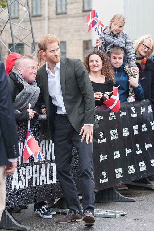 25.10.12017. Copenhagen, Denmark.  <br /> Prince Harry poses for a selfie on his visit to KPH Projects in Copenhagen.<br /> Photo: &copy; Ricardo Ramirez