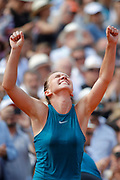 Simona HALEP (ROU) won the women final during the Roland Garros French Tennis Open 2018, Final Women, on June 9, 2018, at the Roland Garros Stadium in Paris, France - Photo Stephane Allaman / ProSportsImages / DPPI