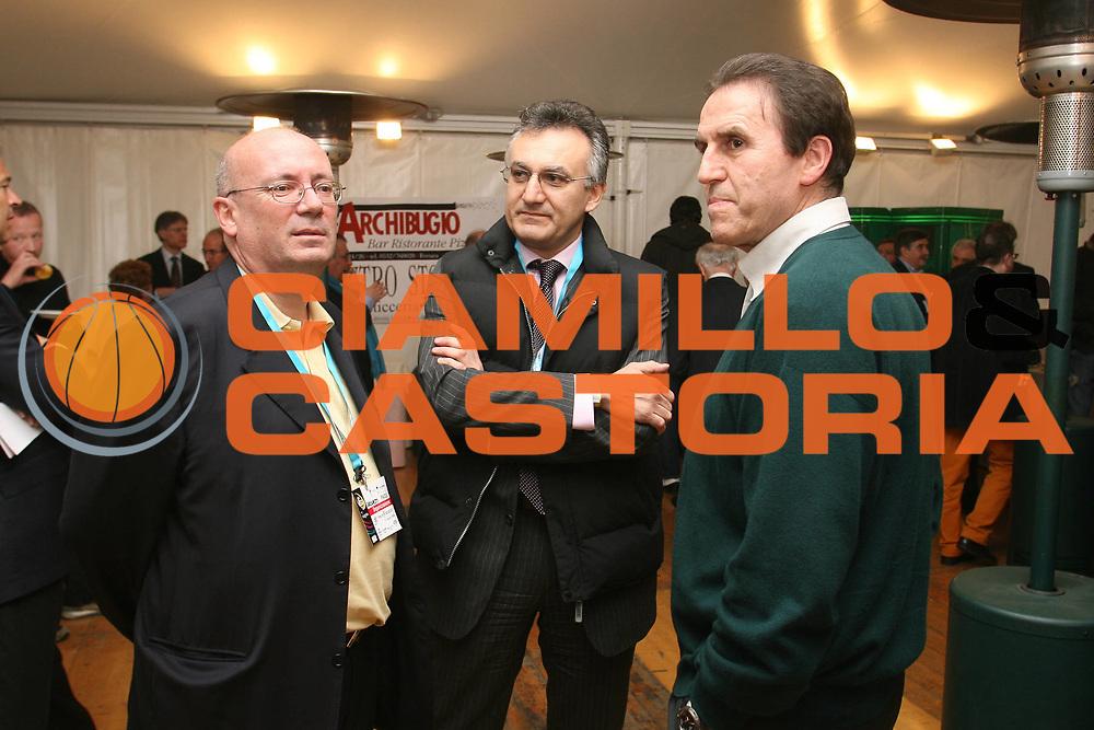 DESCRIZIONE : Ferrara Lega A2 2007-08 Final Four Coppa Italia Vanoli Soresina Fileni Jesi<br /> GIOCATORE : Alessandro Crovetti Carlo Recalcati Franco Montorro<br /> SQUADRA : <br /> EVENTO : Campionato Lega A2 2007-2008 <br /> GARA : Vanoli Soresina Fileni Jesi<br /> DATA : 01/03/2008 <br /> CATEGORIA : <br /> SPORT : Pallacanestro <br /> AUTORE : Agenzia Ciamillo-Castoria/M.Marchi