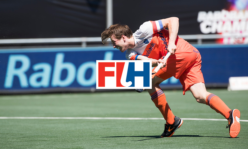 BREDA - Seve van Ass (Ned)  tijdens de wedstrijd om brons tussen Nederland en Argentinie (2-0) bij de Hockey Champions Trophy. COPYRIGHT KOEN SUYK