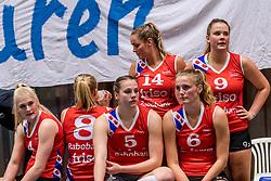 06-05-2017 NED: Finale play off Sliedrecht Sport - VC Sneek, Sliedrecht<br /> Sliedrecht is Nederlands kampioen 2016-2017 / Teleurstelling bij Sneek Hester Jasper #4 of Sneek, Paula Boonstra #5 of Sneek, Marit Tromp #14 of Sneek, Lieze Braaksma #6 of Sneek, Nienke Tromp #9 of Sneek