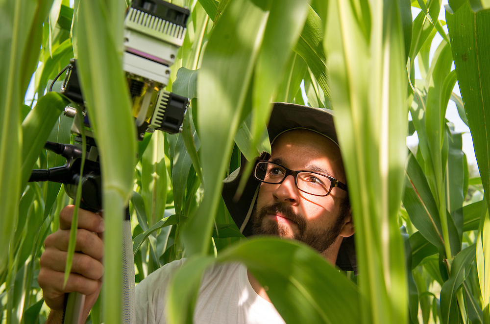 Jonathan Grennell, Graduate student in plant biology