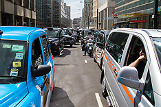 2015-05-26 Taxi Drivers' protest brings Victoria traffic to a standstill