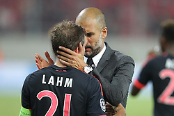 16.09.2015, Karaiskakis Stadium, Piräus, GRE, UEFA CL, Olympiakos Piräus vs FC Bayern München, Gruppe F, im Bild Schlussjubel Chef-Trainer Pep Guardiola (FC Bayern Muenchen) umarmt Philipp Lahm #21 (FC Bayern Muenchen) // during UEFA Champions League group F match between Olympiacos F.C. and FC Bayern Munich at the Karaiskakis Stadium in Piräus, Greece on 2015/09/16. EXPA Pictures © 2015, PhotoCredit: EXPA/ Eibner-Pressefoto/ Kolbert<br /> <br /> *****ATTENTION - OUT of GER*****