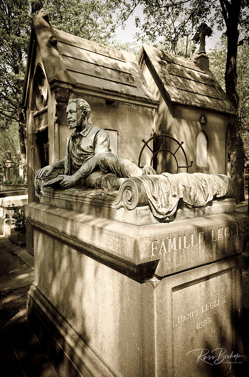 Mausoleum and grave of Henri Leglise at Père Lachaise Cemetery, Paris, France