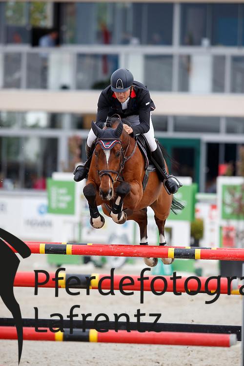 RHOMBERG Christian (AUT), Redley Kerfontaine<br /> Hagen - Horses and Dreams meets the Royal Kingdom of Jordan 2018<br /> Finale Mittlere Tour<br /> 29. April 2018<br /> www.sportfotos-lafrentz.de/Stefan Lafrentz