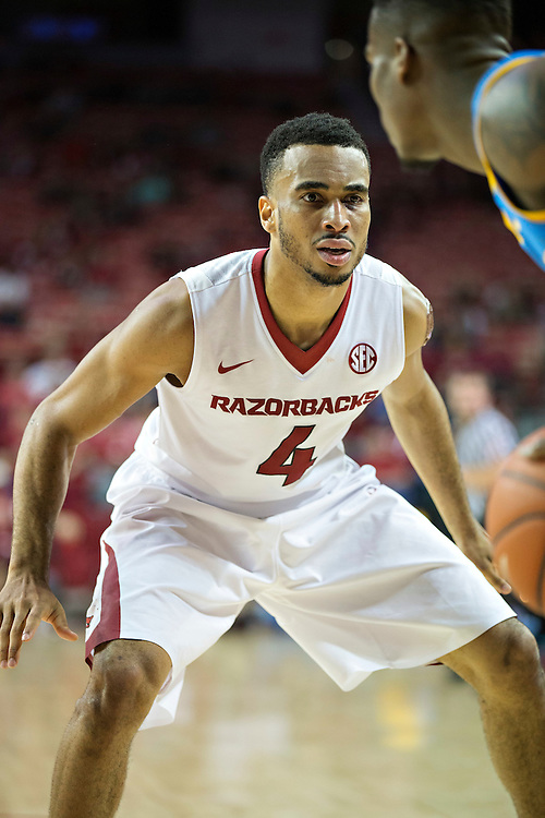 FAYETTEVILLE, AR - NOVEMBER 13:  Jabril Durham #4 of the Arkansas Razorbacks playing defense during a game against the Southern University Jaguars at Bud Walton Arena on November 13, 2015 in Fayetteville, Arkansas.  The Razorbacks defeated the Jaguars 86-68.  (Photo by Wesley Hitt/Getty Images) *** Local Caption *** Jabril Durham
