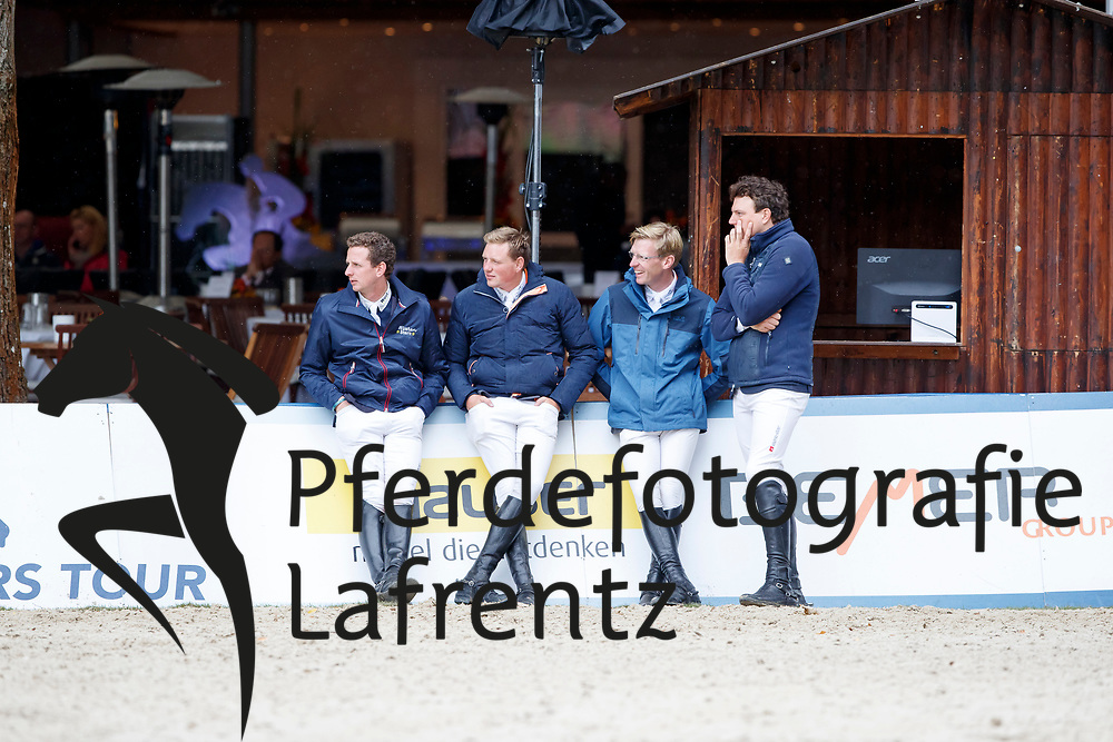 Haßmann, Felix (GER)<br /> Kreuzer, Andreas (GER)<br /> Wernke, Jan (GER)<br /> Rieskamp-Goedeking, Tim (GER) <br /> Paderborn - Challenge 2017 <br /> Spooks Amateur Trophy, SML Tour<br /> © www.sportfotos-lafrentz.de/Stefan Lafrentz