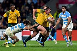 Toby Smith of Australia takes on the Argentina defence - Mandatory byline: Patrick Khachfe/JMP - 07966 386802 - 25/10/2015 - RUGBY UNION - Twickenham Stadium - London, England - Argentina v Australia - Rugby World Cup 2015 Semi Final.