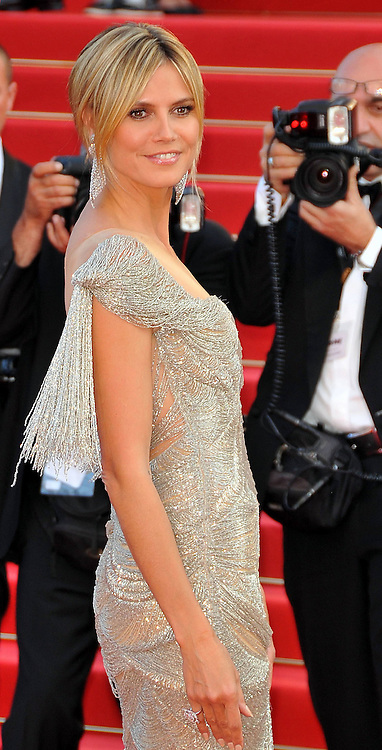 24.MAY.2012. CANNES<br /> <br /> HEIDI KLUM ATTENDS THE &quot;PAPERBOY&quot; FILM PREMIERE AT THE 2012 CANNES FILM FESTIVAL.<br /> <br /> BYLINE: EDBIMAGEARCHIVE.CO.UK<br /> <br /> *THIS IMAGE IS STRICTLY FOR UK NEWSPAPERS AND MAGAZINES ONLY*<br /> *FOR WORLD WIDE SALES AND WEB USE PLEASE CONTACT EDBIMAGEARCHIVE - 0208 954 5968*