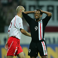 WARSAW, POLAND - WEDNESDAY, SEPTEMBER 7th, 2005: Wales' Robert Earnshaw rues a missed chance against Poland during the World Cup Group Six Qualifying match at the Legia Stadium. (Pic by David Rawcliffe/Propaganda)