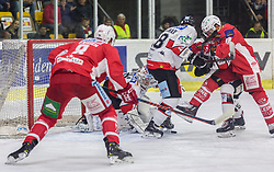 28.10.2018, Stadthalle, Klagenfurt, AUT, EBEL, EC KAC vs HC Orli Znojmo, 14. Runde, im Bild Nick Petersen (EC KAC, #8), Teemu Lassila (HC Orli Znojmo, #19), Jan Latten (HC Orli Znojmo, #89) Thomas Koch (EC KAC, #18) // during the Erste Bank Eishockey League 14th round match between EC KAC vs HC Orli Znojmo at the City Hall in Klagenfurt, Austria on 2018/10/28. EXPA Pictures © 2018, PhotoCredit: EXPA/ Gert Steinthaler