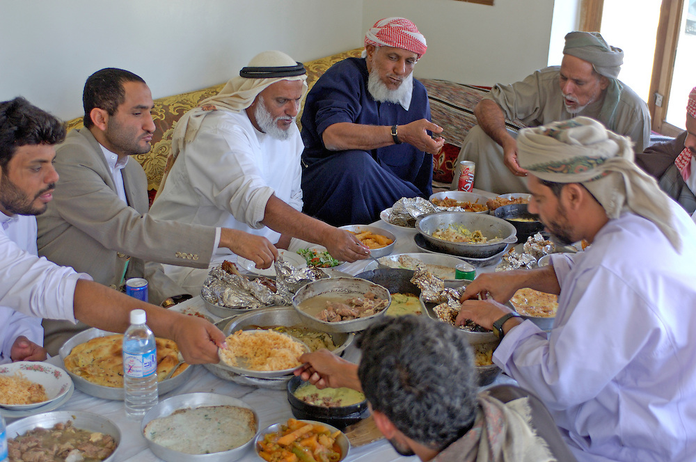 Lunch at Hamedda Tourism Restaurant, Shibam, North Yemen, Yemen, Arabian Peninsula