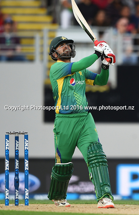 Ahmed Shehzad batting during the Twenty20 match between New Zealand Black Caps and Pakistan at Eden Park in Auckland, New Zealand. Friday 15 January 2016. Copyright photo: Andrew Cornaga / www.photosport.nz