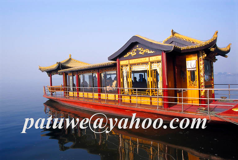 Traditional chinese tour boat in Westlake, Xi Hu, Hangzhou, Zhejiang, China