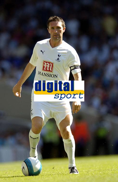 Photo: Olly Greenwood.<br />Tottenham Hotspur v Torino. Pre Season Friendly. 04/08/2007. Robbie Keane