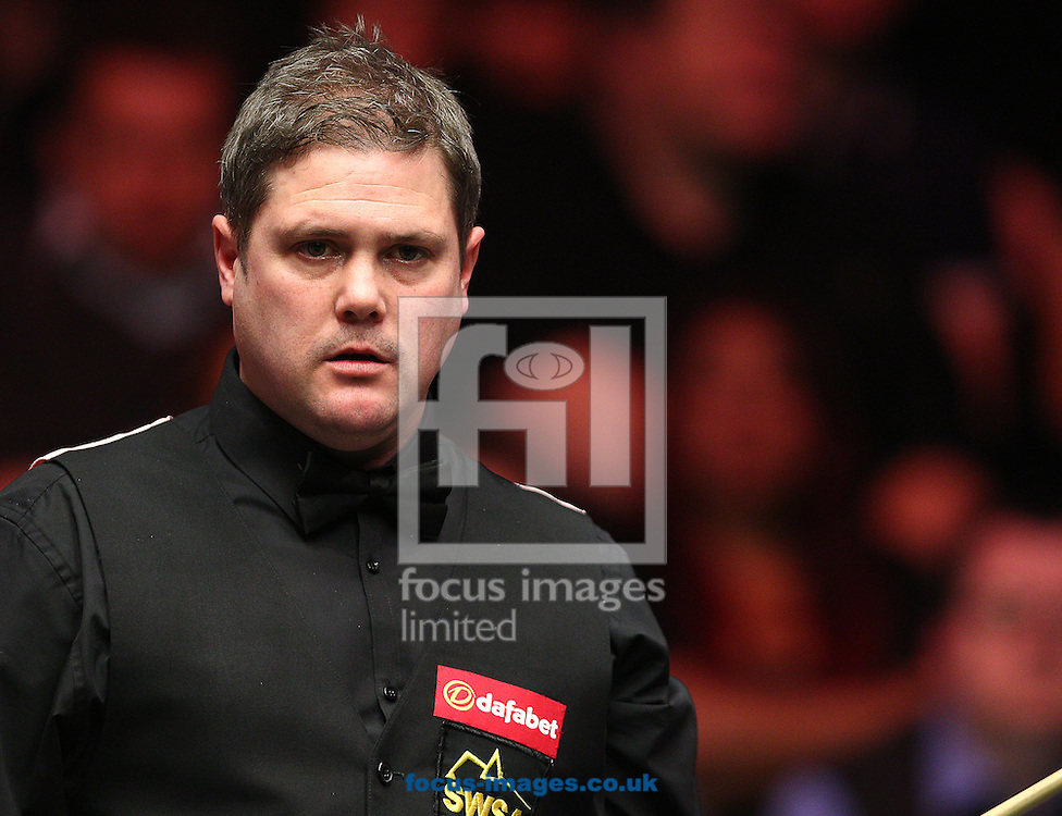 Picture by Paul Terry/Focus Images Ltd +44 7545 642257<br /> 14/01/2014<br /> Robert Mllkins during The Masters first round match at Alexandra Palace, London.