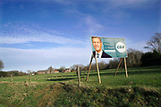 Nederland, Wijchen, 10-3-2017Verkiezingsbord in een weiland van het CDA voor de komende verkiezingen voor de tweede kamer. Netherlands, election board with posters for the forthcoming local elections. Foto: Flip Franssen