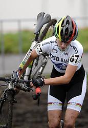 06-01-2007 WIELRENNEN: NK VELDRIJDEN VROUWEN: WOERDEN<br /> Marianne Vos wordt tweede op het zware parcour van Woerden<br /> ©2007-WWW.FOTOHOOGENDOORN.NL