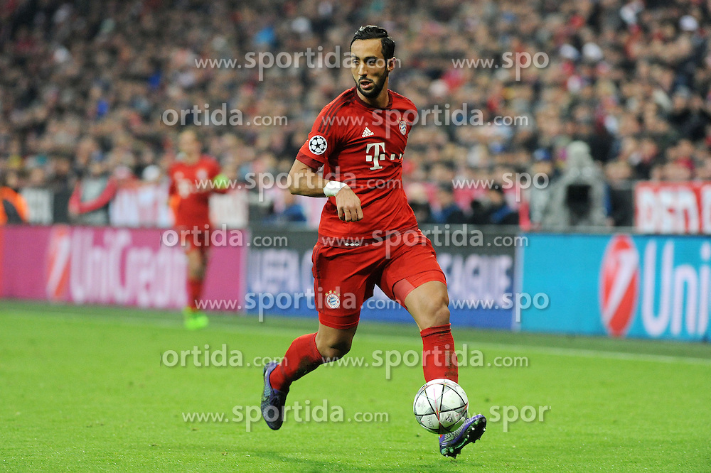 16.03.2016, Allianz Arena, Muenchen, GER, UEFA CL, FC Bayern Muenchen vs Juventus Turin, Achtelfinale, Rueckspiel, im Bild Mehdi Benatia FC Bayern Muenchen) // during the UEFA Champions League Round of 16, 2nd Leg match between FC Bayern Munich and Juventus FC at the Allianz Arena in Muenchen, Germany on 2016/03/16. EXPA Pictures &copy; 2016, PhotoCredit: EXPA/ Eibner-Pressefoto/ Stuetzle<br /> <br /> *****ATTENTION - OUT of GER*****