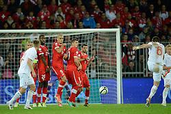 12.10.2012, Stade de Suisse, Bern, SUI, FIFA WM Qualifikation, Schweiz vs Norwegen, im Bild Goekhan Inler (SUI),Johan Djourou (SUI),Eren Derdiyok (SUI),Granit Xhaka (SUI) und Tranquillo Barnetta (SUI) stehen in der Mauer beim Freistoss von John Arne Riise (NOR) (R) Espen Ruud (NOR) // during FIFA World Cup Qualifier Match between Switzerland and Norway at the Stade de Suisse, Bern, Switzerland on 2012/10/12. EXPA Pictures © 2012, PhotoCredit: EXPA/ Freshfocus/ Valeriano Di Domenico..***** ATTENTION - for AUT, SLO, CRO, SRB, BIH only *****