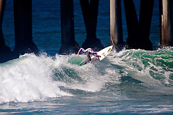 HUNTINGTON BEACH, California/USA (Saturday,Aug 6, 2011)  Lakey Peterson rips a wave on her way to win the Hurley US Open of Surfing PRO Junior.  Photo: Eduardo E. Silva.