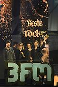 De 3FM Awards 2014 in de Gashouder, Amsterdam.<br /> <br /> Op de foto:  De Nederlandse rockformatie Kensington wint de award voor beste artiest rock