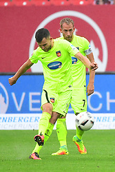12.08.2016, Grundig Stadion, Nuernberg, GER, 2. FBL, 1. FC Nuernberg vs 1. FC Heidenheim, 2. Runde, im Bild Denis Thomalla (1. FC Heidenheim / links) schiesst einen Freistoss und trifft damit anschliessend zum 1:1. Dahinter: Marc Schnatterer (1. FC Heidenheim) // during the 2nd German Bundesliga 2nd round match between 1. FC Nuernberg and 1. FC Heidenheim at the Grundig Stadion in Nuernberg, Germany on 2016/08/12. EXPA Pictures © 2016, PhotoCredit: EXPA/ Eibner-Pressefoto/ Merz<br /> <br /> *****ATTENTION - OUT of GER*****