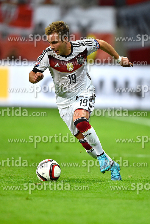 04.09.2015, Commerzbank Arena, Frankfurt, GER, UEFA Euro Qualifikation, Deutschland vs Polen, Gruppe D, im Bild <br /> Mario Goetze (GER) am Ball beim Antritt // during the UEFA EURO 2016 qualifier Group D match between Germany and Poland at the Commerzbank Arena in Frankfurt, Germany on 2015/09/04. EXPA Pictures &copy; 2015, PhotoCredit: EXPA/ Eibner-Pressefoto/ Weber<br /> <br /> *****ATTENTION - OUT of GER*****