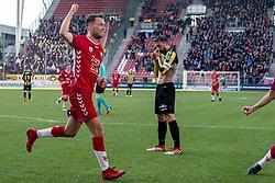 11-03-2018 NED: FC Utrecht - Vitesse, Utrecht<br /> Utrecht verslaat met 5-1 Vitesse / Sander van der Streek #22 of FC Utrecht scoort de 3-1.