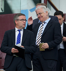 BIRMINGHAM, ENGLAND - Saturday, August 25, 2012: Everton's chairman and owner Bill Kenwright and press officer Paul Tyrell during the Premiership match against Aston Villa at Villa Park. (Pic by David Rawcliffe/Propaganda)