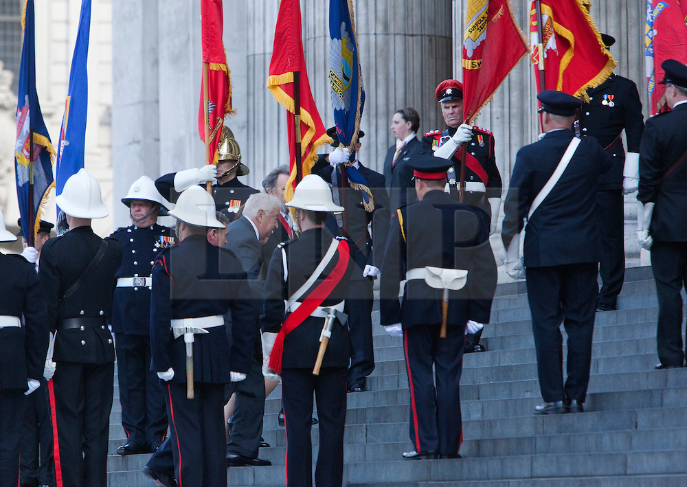 © Licensed to London News Pictures. 11/09/2011. London, UK. Louis Susman, the US ambassador to the UK arrives at St Paul's Cathedral. Remembering with Hope. A special service at St Paul's Cathedral to mark the 10th anniversary of the 9/11 attacks in the US and the 20th anniversary of the Firefighters Memorial Trust.  Photo credit: Bettina Strenske/LNP