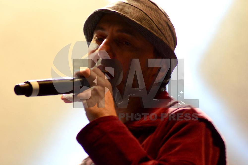 SAO PAULO, SP, 16.08.2014 - FESTIVAL NOVA BRASIL FM. Zeca Baleiro se apresenta no 5º Festival da Nova Brasil FM no Anhembi zona norte neste sabado 16. (Foto: Bruno Ulivieri - Brazil Photo Press).