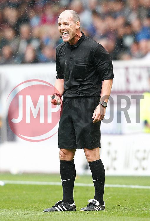 Referee Scott Duncan-Photo mandatory by-line: Matt Bunn/JMP - Tel: Mobile: 07966 386802 17/08/2013 - SPORT - FOOTBALL - Turf Moor - Burnley -  Burnley V Yeovil Town - Sky Bet Championship