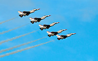 HOMESTEAD, FL - NOVEMBER 8, 2009: Thunderbirds F-16 jets flight in demostrantion Homestead Airshow.