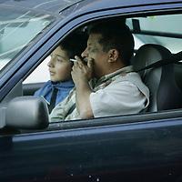 Metepec, Mex.- El ayuntamiento de Metepec al publicar el proximo 5 de Febrero su Bando Municipal de Policia y Buen Gobierno, infraccionara a los conductores que sean sorprendidos fumando a bordo de su unidad. Agencia MVT / Javier Rodriguez. (DIGITAL)<br /> <br /> <br /> <br /> <br /> <br /> <br /> <br /> NO ARCHIVAR - NO ARCHIVE