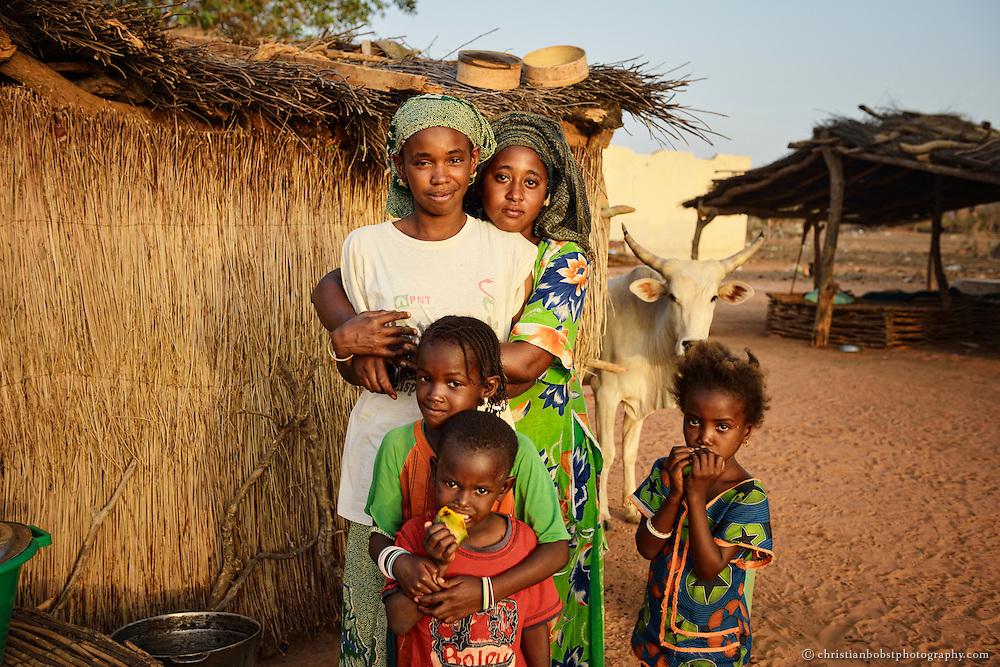 Allgemeine Illustration des Lebens von Kleinbauern (nicht HEKS-Begünstigte) in der Umgebung von DIAGALY, Senegal.