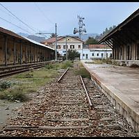 rotaie mancanti dai binari della  stazione di Susa
