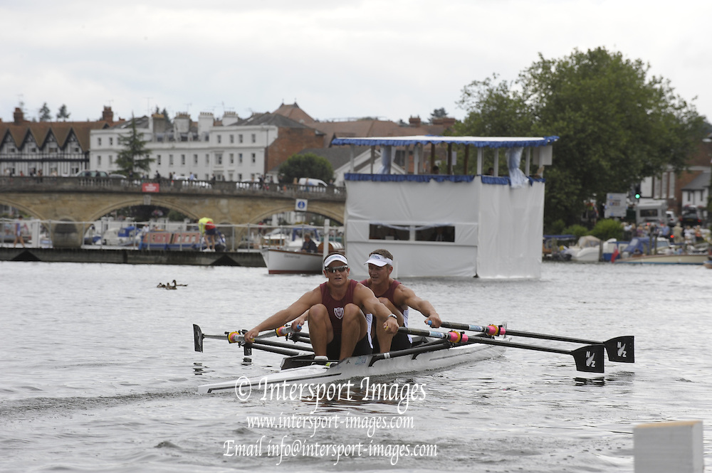 Henley, Great Britain. NZL M2X Bow matt TROTT and nathan COHEN, during the closing stages of the heat in the Double Sculls Challenge Cup. 2009 Henley Royal Regatta Friday 03/07/2009 at  [Mandatory Credit. Peter Spurrier/Intersport Images] . HRR.