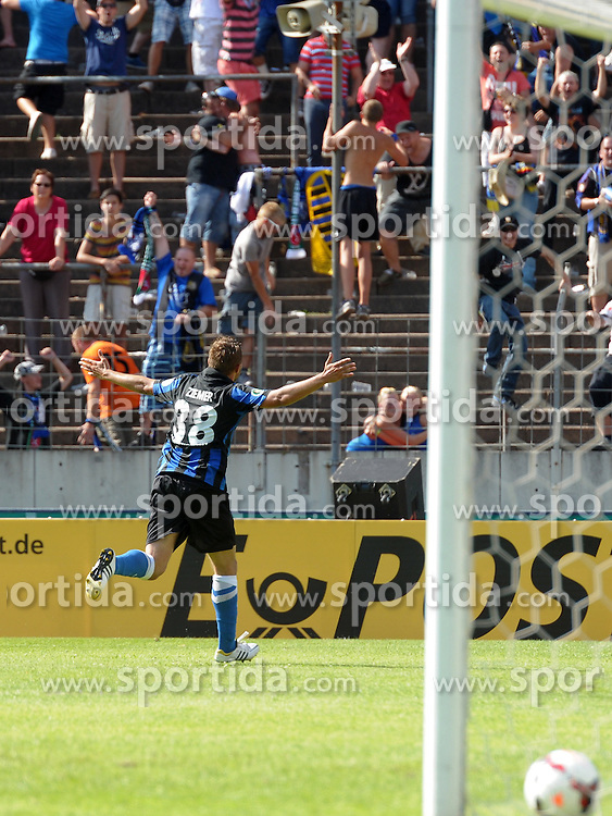 04.08.2013, Ludwigsparkstadion, Saarbruecken, GER, DFB Pokal, 1. FC Saarbruecken vs SV Werder Bremen, 1. Runde, im Bild torjubel, treffer, tor, freude, goal, jubel, spass, freuen, jubeln, feiernd,applaudierend, Applaus, feiert, Emotion, bei Marcel Ziemer, FC Saarbruecken-#38, nach dem 3:1 fuer Saarbruecken // during germans DFB Pokal 1st round match between 1.FC Saarbruecken and SV Werder Bremen at the Ludwigsparkstadion, Saarbruecken, Germany on 2013/08/04. EXPA Pictures &copy; 2013, PhotoCredit: EXPA/ Eibner/ Spektrum<br /> <br /> ***** ATTENTION - OUT OF GER *****