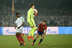 October 28, 2017 - Kolkata, West Bengal, India - Player of England and Spain in action during the FIFA U 17 World Cup India 2017 Final match on October 28, 2017 in Kolkata. England wins FIFA U 17 World Cup 5 - 2 goals against Spain. (Credit Image: © Saikat Paul/Pacific Press via ZUMA Wire)