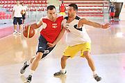 DESCRIZIONE : Roma Lega A 2013-2014 Allenamento Virtus Roma<br /> GIOCATORE : Jimmy Baron<br /> CATEGORIA : palleggio penetrazione<br /> SQUADRA : Virtus Roma<br /> EVENTO : Allenamento Virtus Roma<br /> GARA : <br /> DATA : 25/09/2013<br /> SPORT : Pallacanestro <br /> AUTORE : Agenzia Ciamillo-Castoria/M.Simoni<br /> Galleria : Lega Basket A 2013-2014  <br /> Fotonotizia : Roma Lega A 2013-2014 Allenamento Virtus Roma<br /> Predefinita :